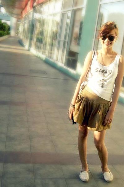 camel Hot Topic skirt - dark brown balenciaga bag - black Ray Ban glasses