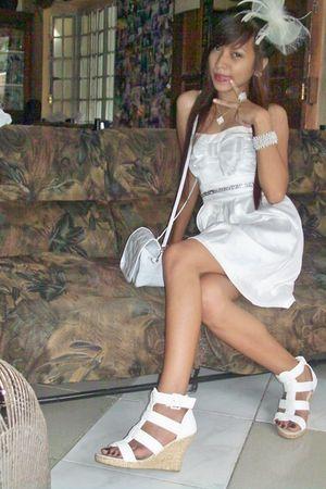 white Shapes bag - white shoes - Bazaar bracelet