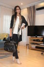 Black-yde-cardigan-beige-nine-west-shoes-black-aldo-purse-green-vintage-sc