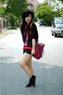 Red-c-k-purse