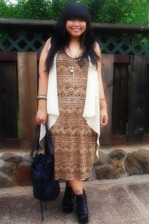 Jeffrey Campbell shoes - Plum for Polly dress - Forever 21 bag - thrifted vest -