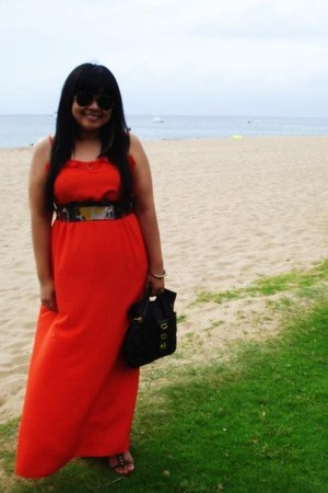 Mahina dress - big buddha bag - Ray Ban sunglasses - Steven Madden sandals - ban