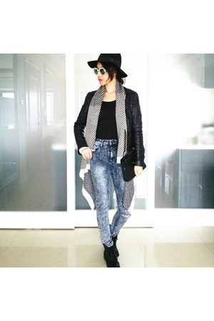 Forever 21 jeans - People By People sunglasses - cotton on cardigan