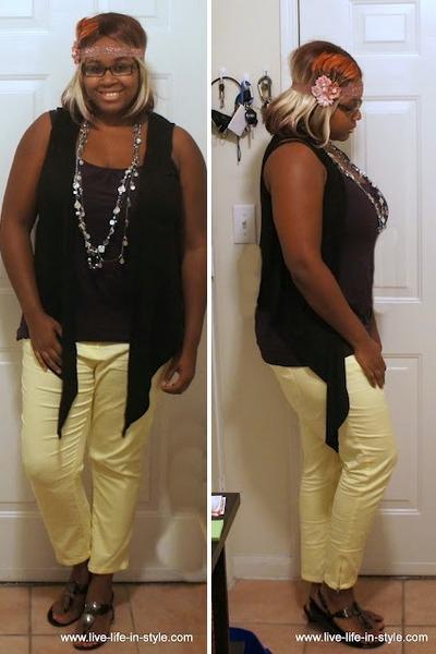 light yellow capri H&M pants