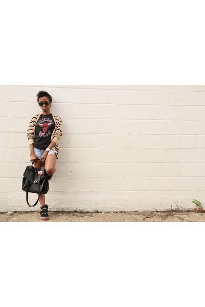 retro bulls tee Mitchell & Ness shirt - Lucky Brand shorts - mens cardigan H&M c