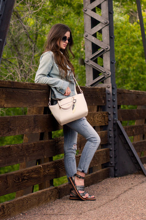 ivory coach bag - light blue Denimocracy jeans