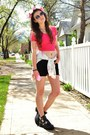 Black-ankle-steve-madden-boots-black-cut-off-forever-21-shorts