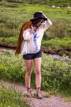 black Charlotte Russe hat - brown Forever 21 jacket