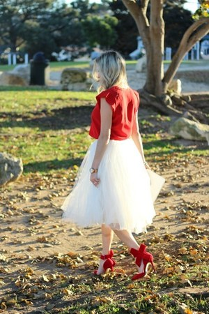 white Anthropologie skirt - red Forever 21 shirt