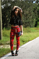 red funky print Forever 21 leggings - black black velvet thrifted shirt