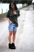 olive green cotton on blouse - forest green Wetseal wedges