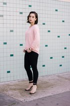 light pink fuzzy sweater Forever 21 sweater - black high waisted Boohoo jeans