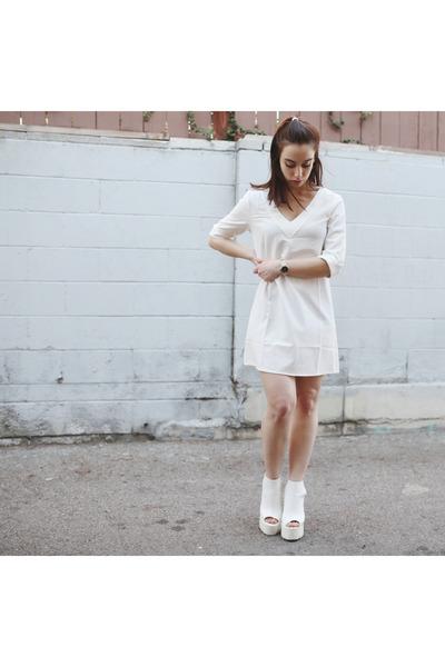 white shift dress Tobi dress - white Missguided heels