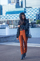 black vintage shirt - carrot orange scanlan & theodore pants