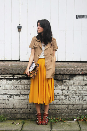 midi H&M skirt - trench H&M coat - leopard print Zara bag - knitted Zara t-shirt