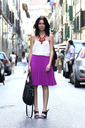 magenta pleated H&amp;M Trend skirt - Mulberry bag - ruby red H&amp;M necklace