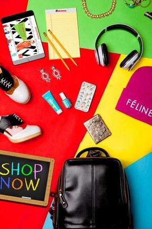 Deandri heels - Brian Lichtenberg hat - Akira bag - Like Dreams bag