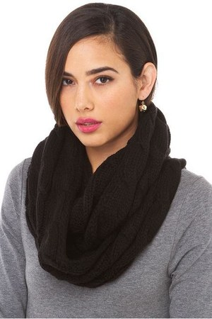 infinity knit AKIRA Black Label scarf