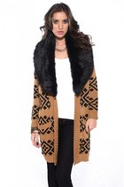 Casually Chic: MINKPINK Intazia Faux Fur Trim Cardigan