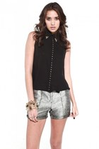 black Akira blouse - silver Akira shorts