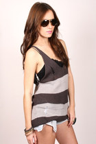 Charcoal-gray-shopgoldie-top