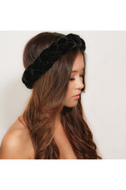 Kristin Perry Hair Accessories