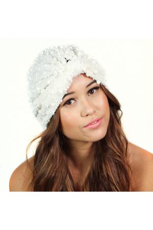 Kristin Perry accessories