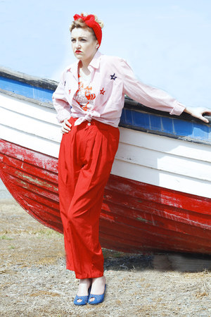 candy stripes vintage shirt - red vintage pants