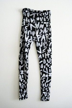Paris Graffiti Leggings
