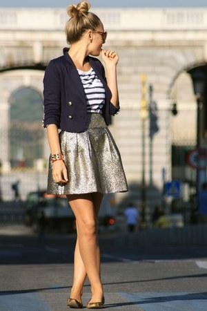 H&M t-shirt - Queens Wardrobe skirt