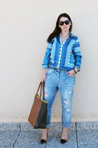 light blue boyfriend jeans Zara jeans - brown Zara bag