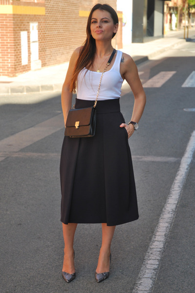 midi Zara skirt - Menbur bag - Stradivarius t-shirt - animal print Zara heels