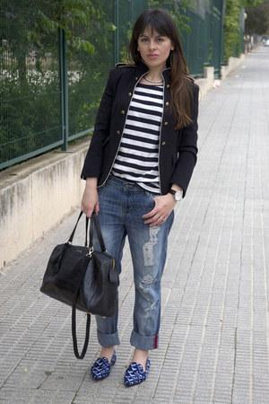 blue boyfriend Mango jeans - navy Zara jacket - black bowling Bimba & Lola bag
