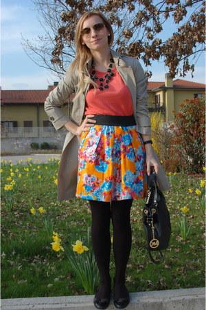 Zara skirt - Burberry coat - Michael Kors bag - ray-ban sunglasses