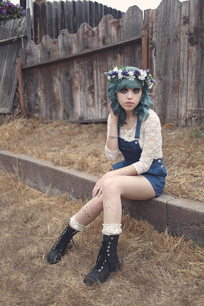 purple flower crown DIY hair accessory - gray Claires boots