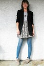 Heather-gray-suede-mossimo-boots-black-vintage-dkny-blazer-sky-blue-tights