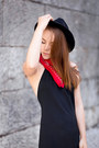 Black-open-back-zara-dress-black-fedora-urban-outfitters-hat