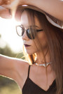 Bronze-suede-liquorish-hat-black-metal-bridge-asos-sunglasses