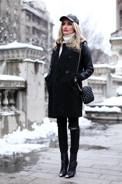 black Zara boots - black social plum coat - black Zara jeans - black H&M hat