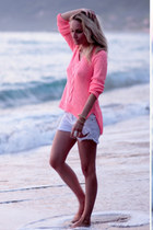 bubble gum Zara sweater
