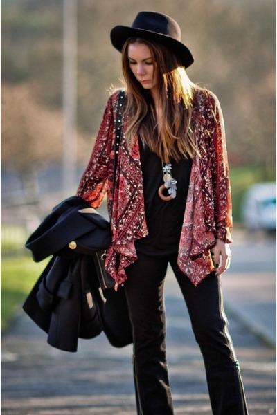 brick red tapestry print ecote cardigan - black dagmar jeans - black Zara vest
