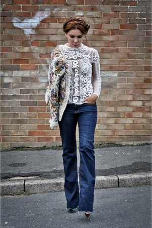 embroidered Zara top - Zara jeans - tapestry Boohoo jacket