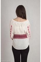 white Romanian Label blouse - black Forever 21 leggings - red Iiana scarf