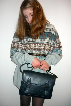 navy vintage belt - sky blue sweater - dark gray H&M tights