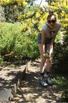 blue Zara shorts - black Peek&Cloppenburg purse - brown H&M sunglasses - Dr Mart
