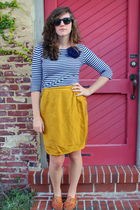 gold vintage skirt - blue Urban Outfitters blouse - brown vintage shoes - blue R