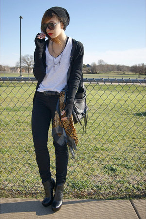 Forever 21 bag - Bamboo shoes - Forever 21 sunglasses