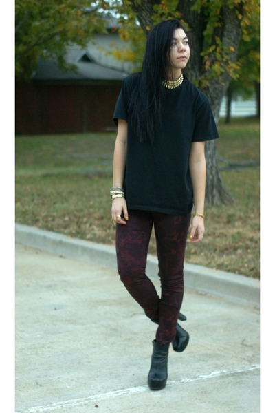 UrbanOG shoes - Target jeans - Urban Outfitters necklace