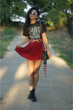 Forever21 skirt - Vans t-shirt - GoJane belt