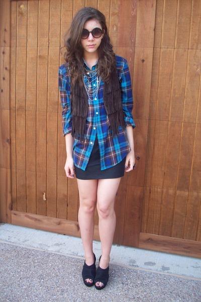 f21 vest - f21 shirt - f21 skirt - UrbanOG shoes - Claires sunglasses